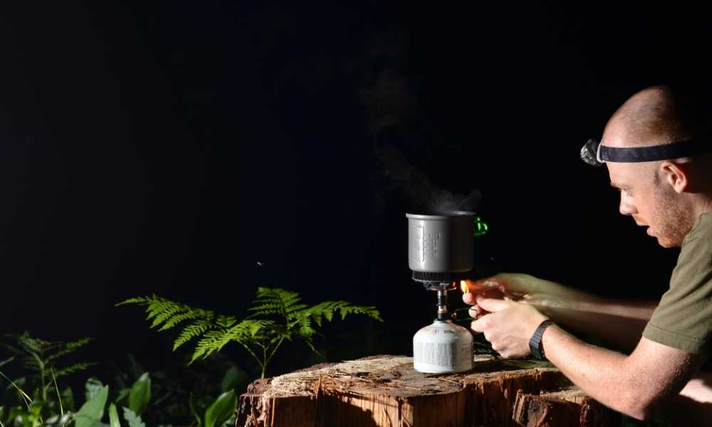 How to Use a Backpacking Stove A Comprehensive Guide